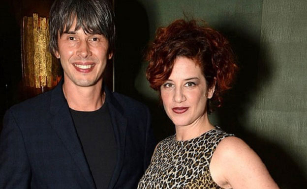 Brian Cox Enjoys A Healthy Married Life With Wife Gia; Their Kids?, Wiki