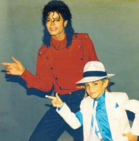 Wade Robson dancing with Michael Jackson