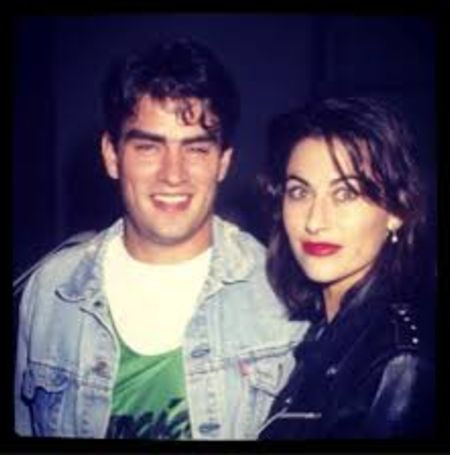 Roxanna Zal dated her former partner Rodney Harvey.