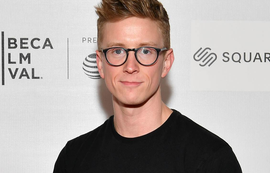 Tyler Oakley-Net Worth, Age, Height, Children, Books, Movies, Life, Wife