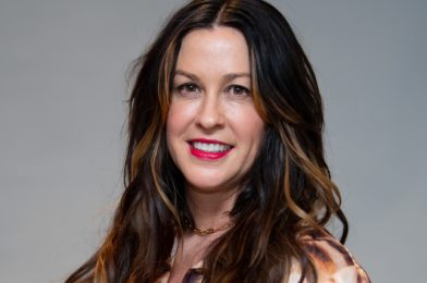 Alanis Morissette-Family, Husband, Height, Awards, Songs, Net Worth, Albums, Life