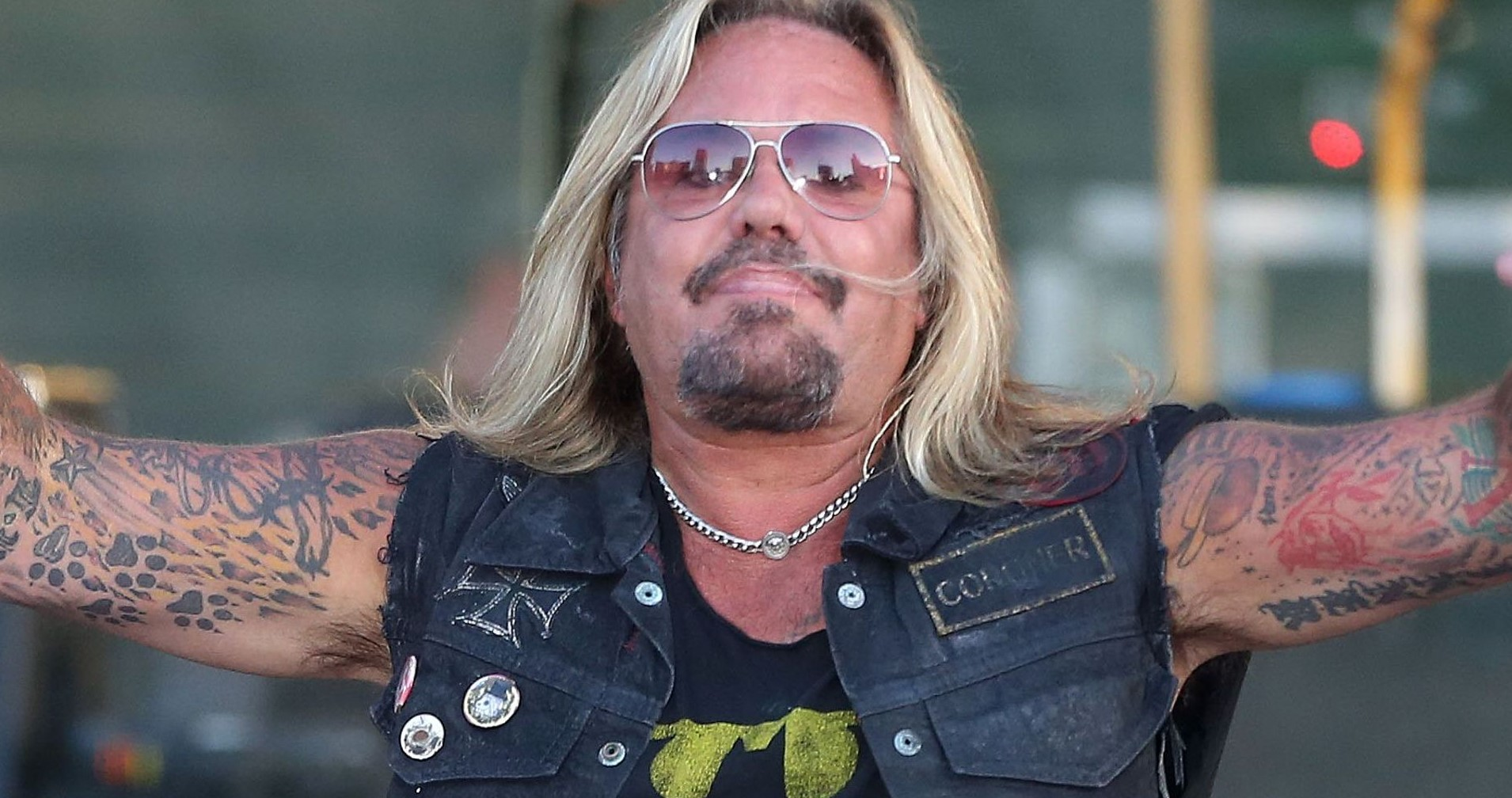 Vince Neil-Albums, Songs, Wife, Net Worth, TV Shows, Age, Kids